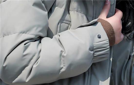 买羽绒服是不是要大一码 羽绒服宽松好还是紧身好