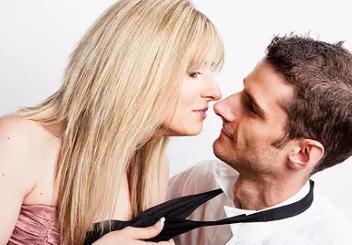 性生活能不能治青春痘呢?