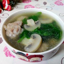 豆苗口蘑肉丸汤