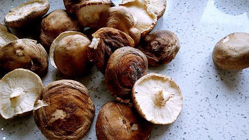 山药香菇排骨汤