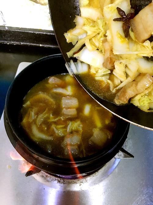 猪肉白菜粉丝煲