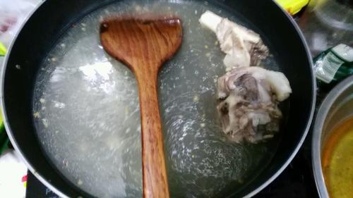 筒骨猪杂汤