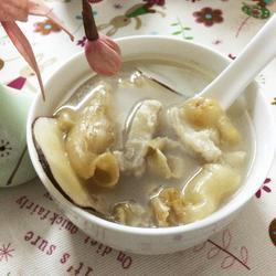 花胶海底椰瑶柱排毒汤