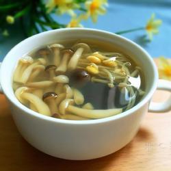什锦菌菇豆嘴汤