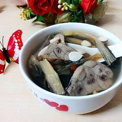 菜干南北杏煲猪肺汤