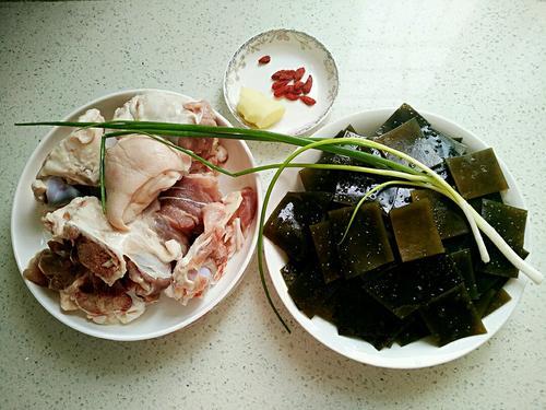 筒子骨海带汤