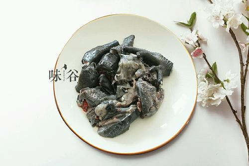 首乌乌鸡汤