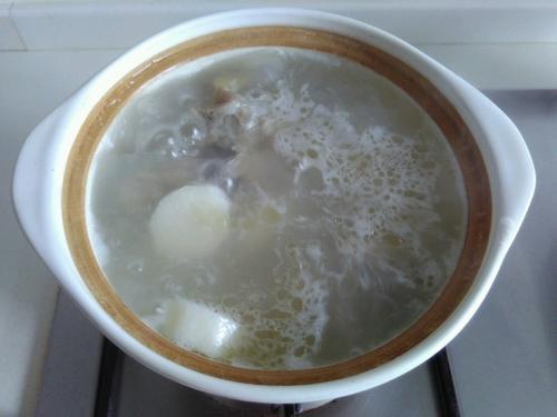 山药筒骨汤