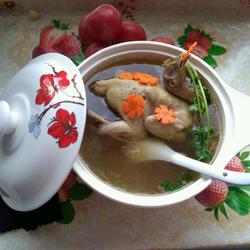 沙锅煲鸡汤