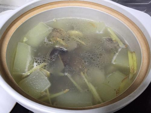 冬瓜排骨汤