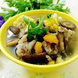 玉米香菇排骨汤
