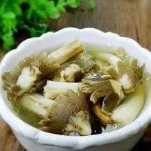 荔枝菌排骨汤
