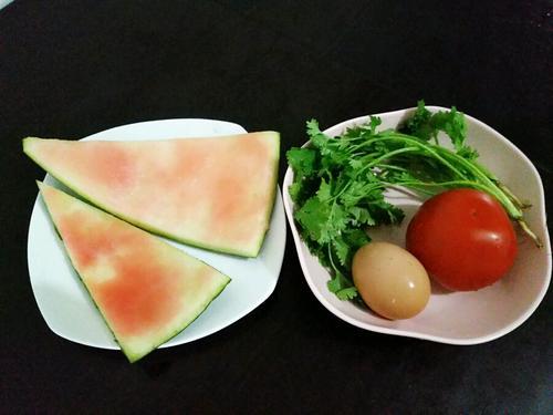 西瓜皮西红柿蛋花汤