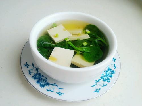 木耳菜豆腐汤