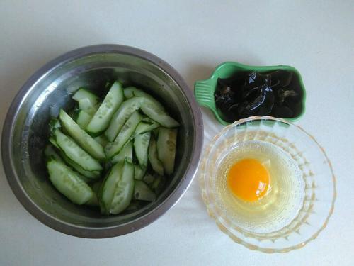 黄瓜木耳蛋花汤