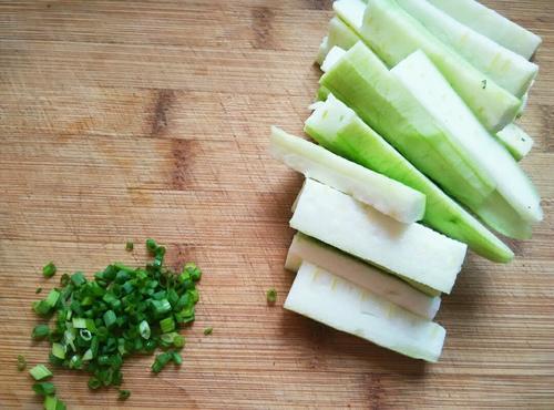 丝瓜平菇汤