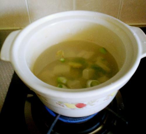 虾仁豆腐丝瓜汤