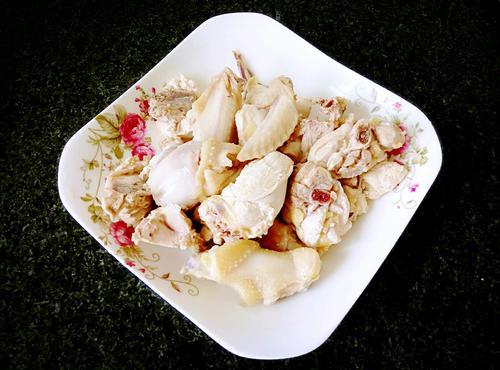 西洋参炖鸡汤