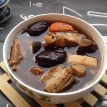 清淡排骨汤