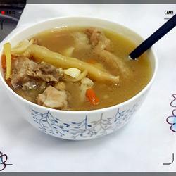 清热润肺排骨汤