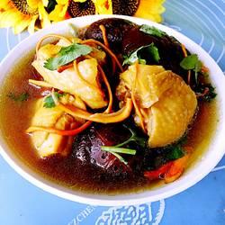 香菇虫草煲鸡汤