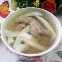 椰子雪耳鹌鹑汤