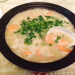 海鲜鱼片粥(美味营养丰富,口感极佳)
