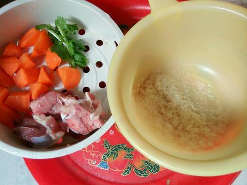 猪同骨大米粥