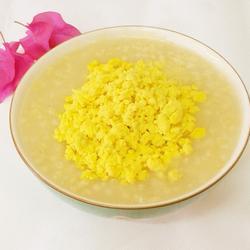 小米蛋黄粥