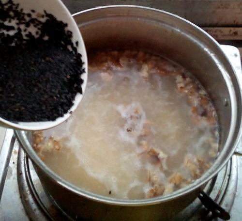 芝麻核桃粥
