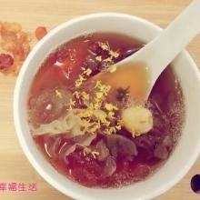 桂花桃胶皂米羹