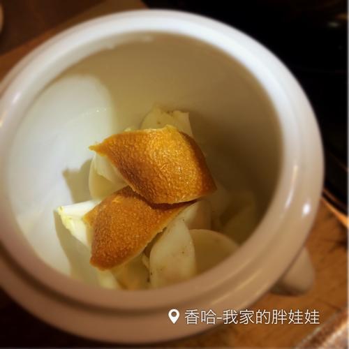陈皮百合炖梨